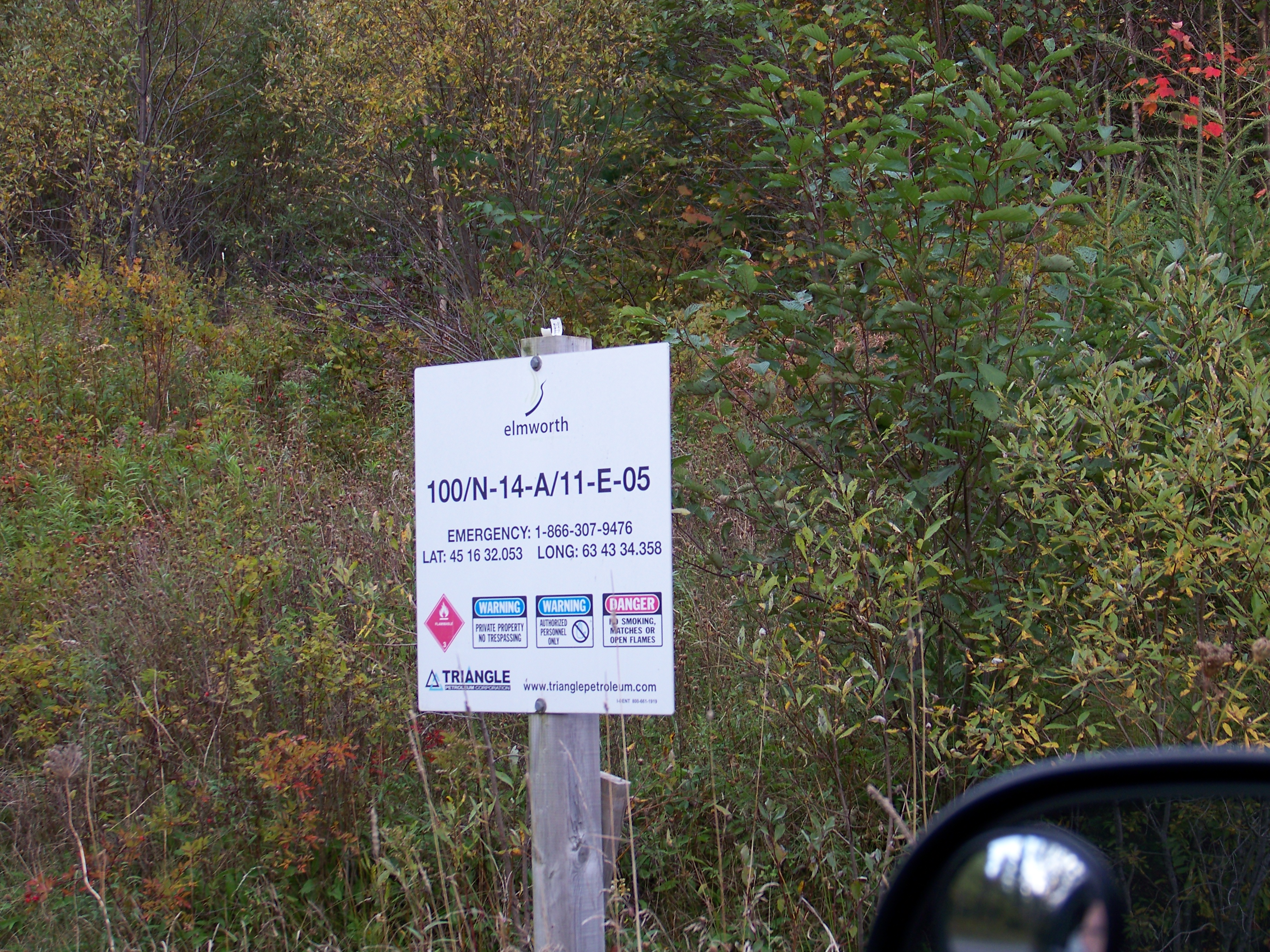 Noel Lake site sign at access road 07 Oct 2012